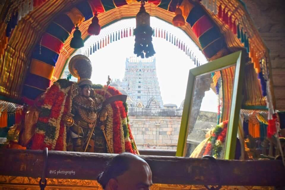 1554710269267-png.7307 Mannargudi Sri rajagopalswami in kannadi pallakku