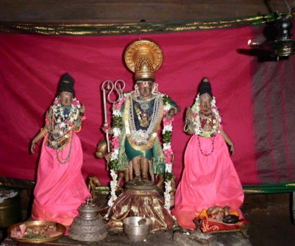 Thirunangur Gopalakrishna Perumal.jpg