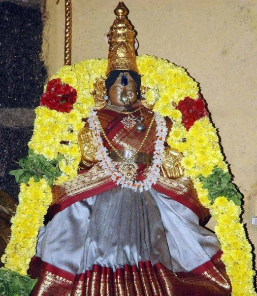 Amruthavalli Thayar, Koyambedu Vaikundavasan Sannadhi.jpg