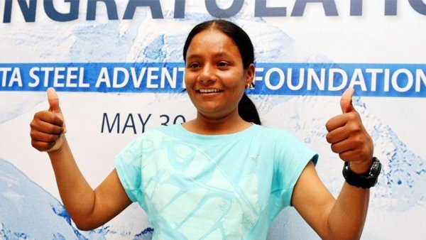 Arunima Sinha, first amputee to scale Mount Everest, mocked while visiting temple