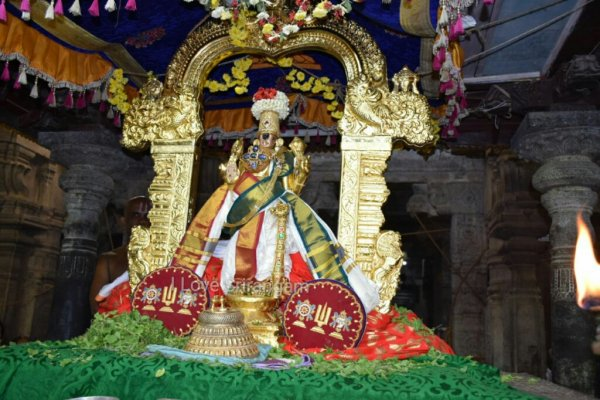 Nammazhwar Thiruvadi Thozhal in Srirangam